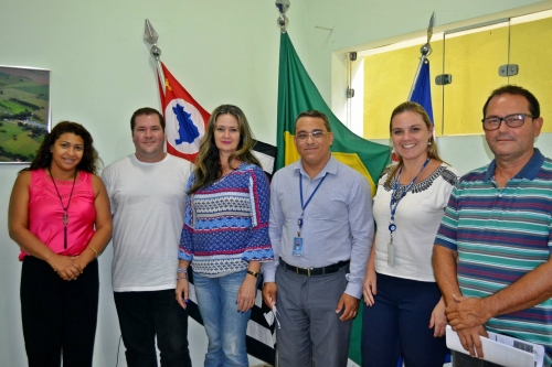 img Reunião com integrantes do SEBRAE